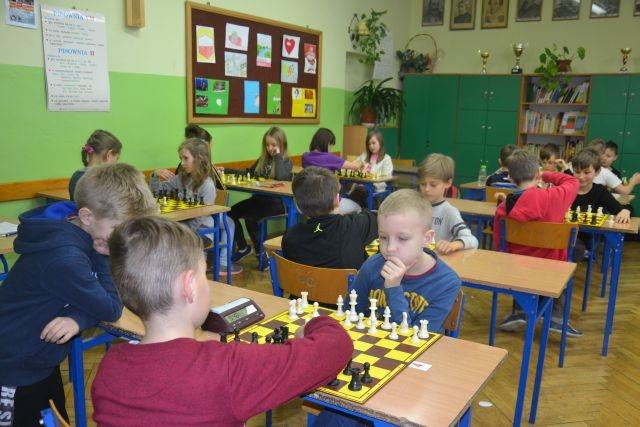 SP 2 w Tomaszowie Lubelskim – szachy drogą do sukcesu!
