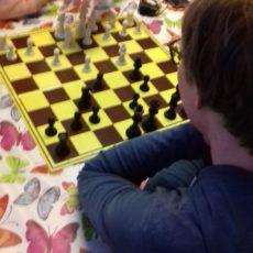 Rehabilitacja przez Szachy – wizyta szachistów w Centrum Zdrowia Dziecka